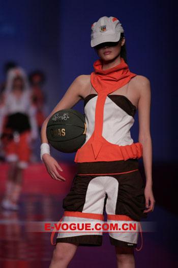 """""""乔丹杯""""首届中国运动装设计大赛(一)"""