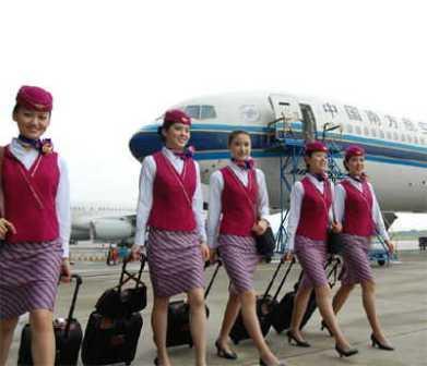 中国 上海 空姐/2009中国亚运新空姐招募大汇即将启动!记者刚刚获悉,南方航空...